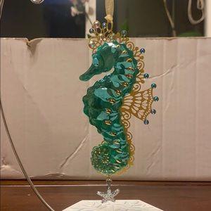 NWT - Splendid Seahorse Glass and Metal Ornament